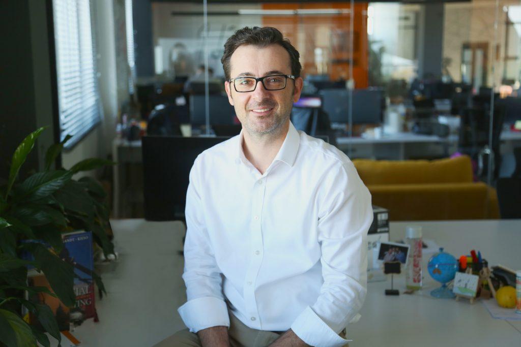 Rozhovor sMergimem Cahanim, CEO Gjirafa.com: Měníme celý trh, ato mě na tom baví
